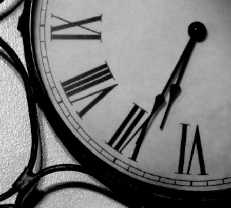 clock-bw